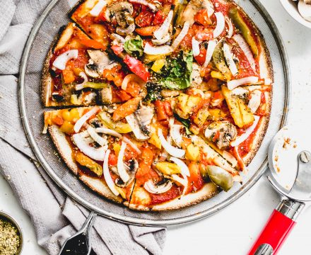 Easy Vegan Pizza with Cauliflower Crust