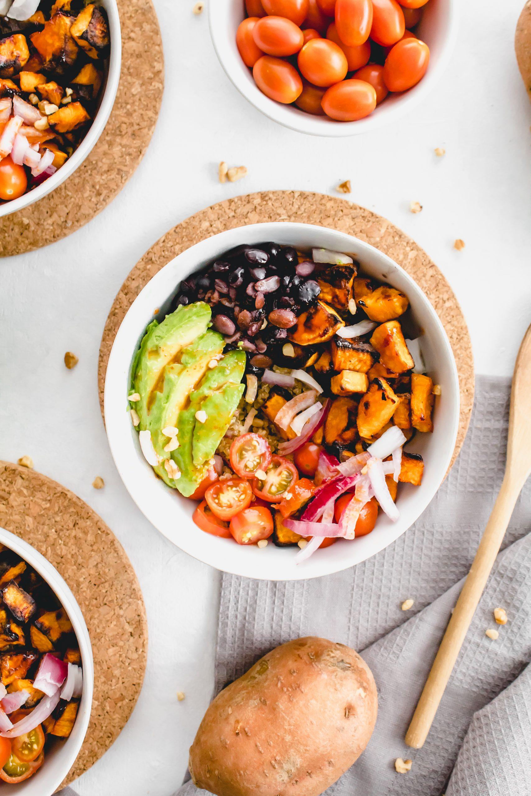 sriracha sweet potato quinoa bowls