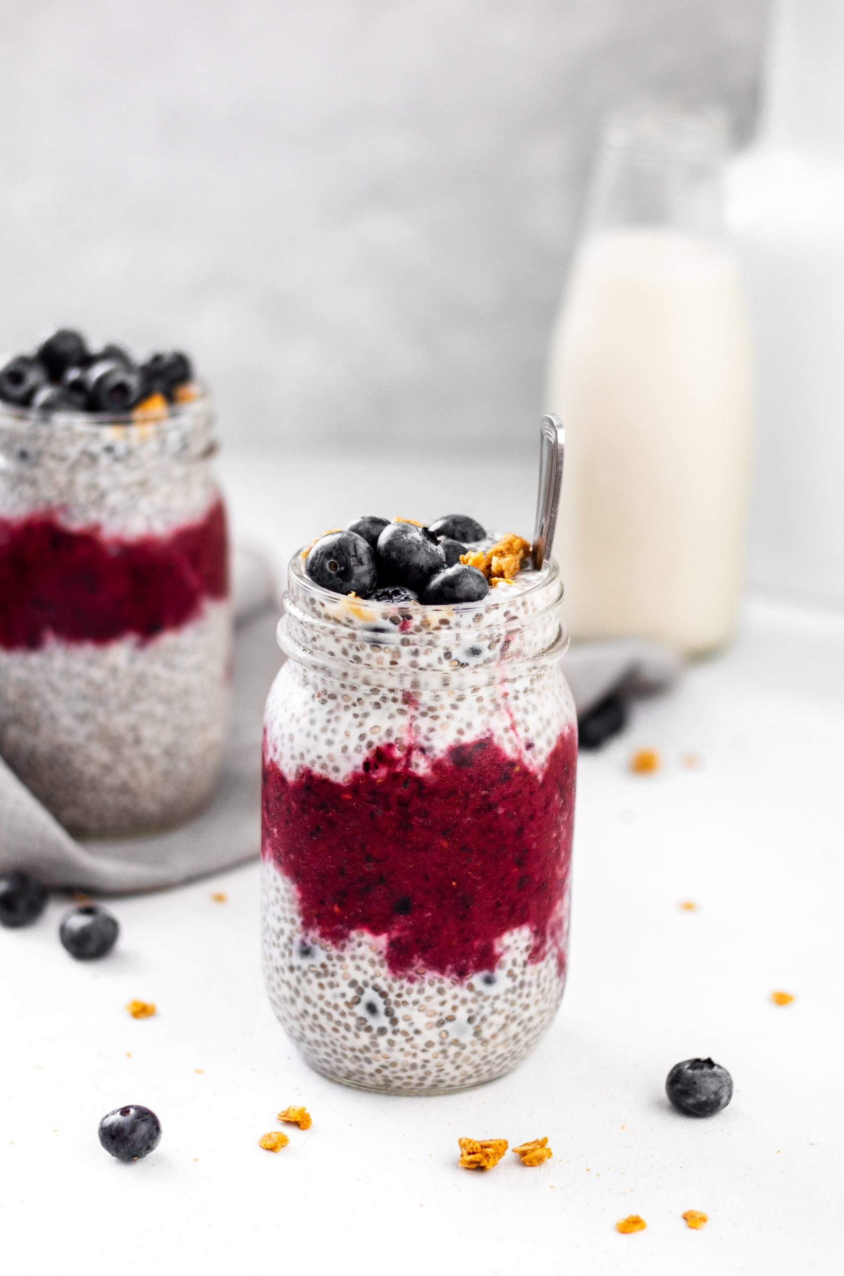 mixed berry chia seed pudding