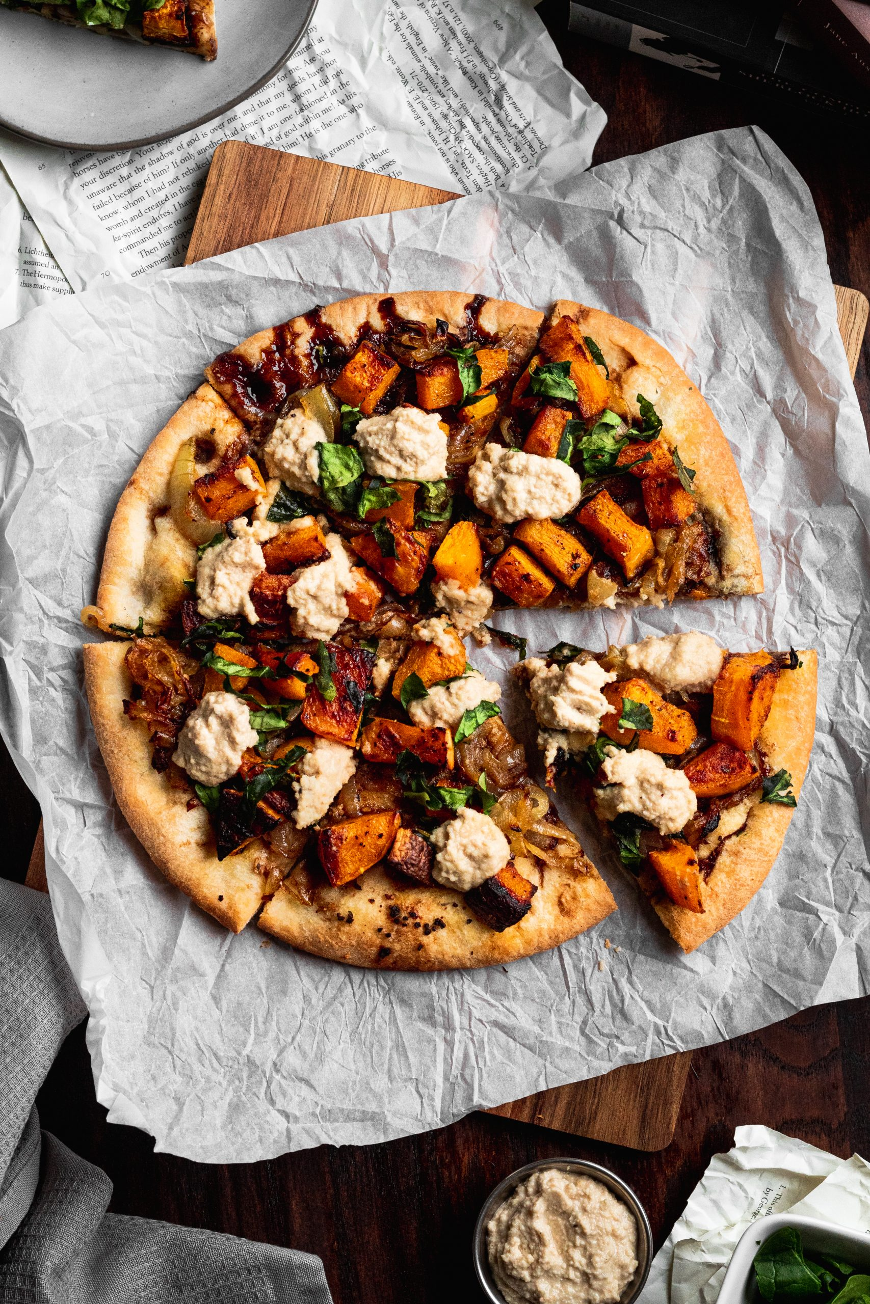 roasted-butternut-squash-and-caramelized-onion-pizza